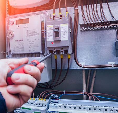 Entreprise d'électricité ADE près de Compiègne
